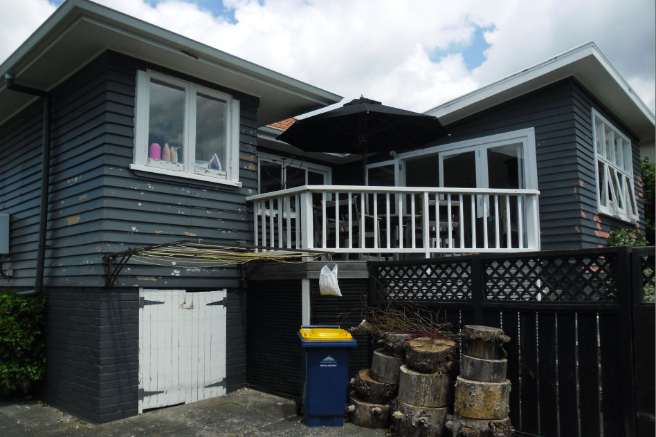 Devonport Paint Removal Service